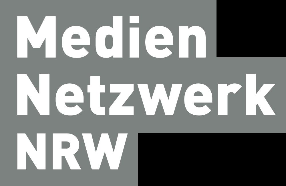 Mediennetzwerk-NRW-Logo_3-zeilig_grau-dunkel